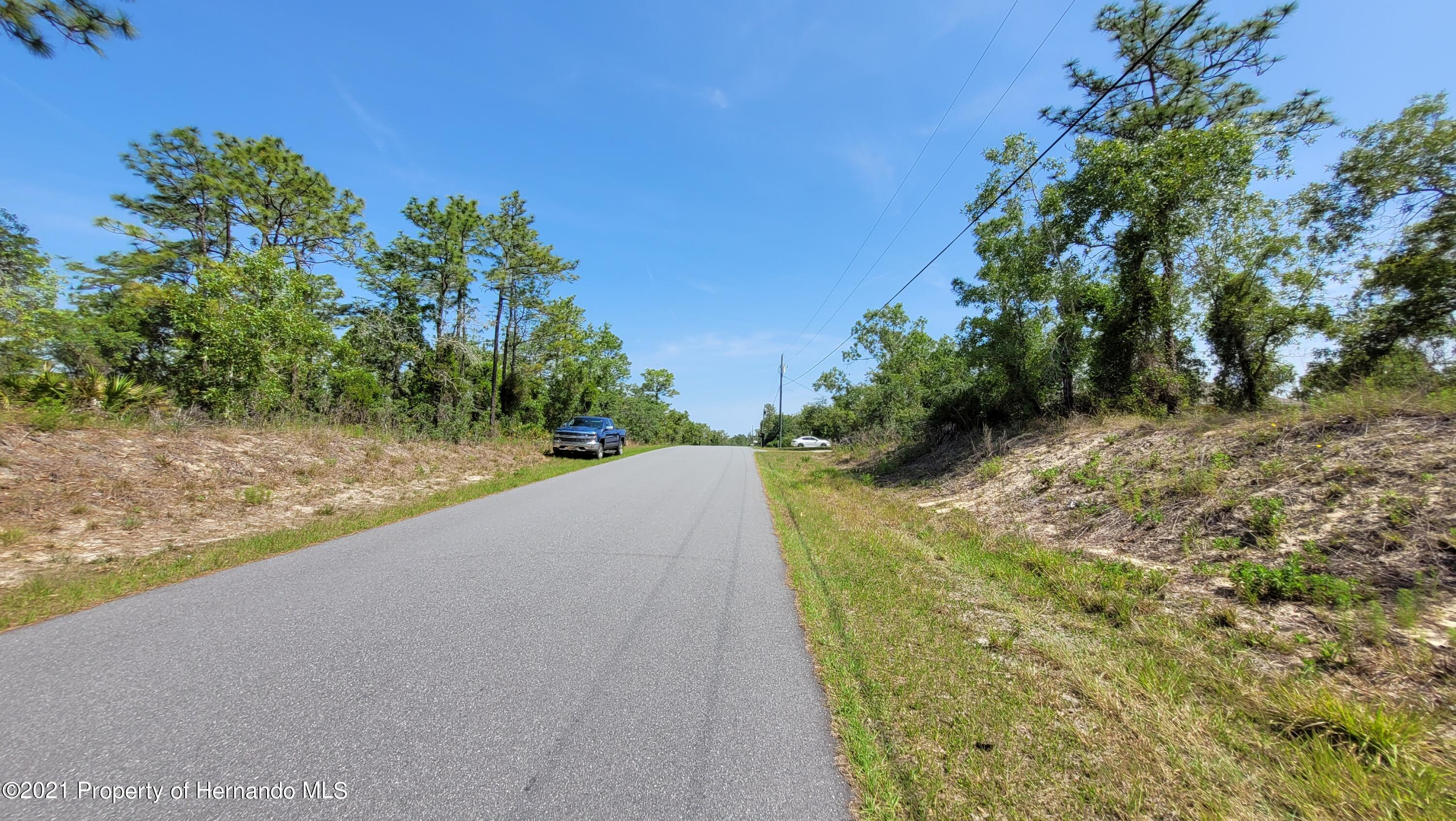 Listing photo id 8 for 0 Jackdaw Road