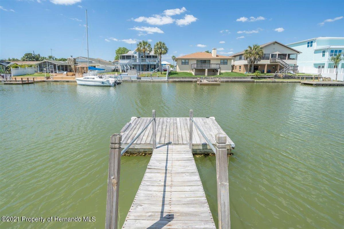 Image 39 For 4059 Gulfview Drive