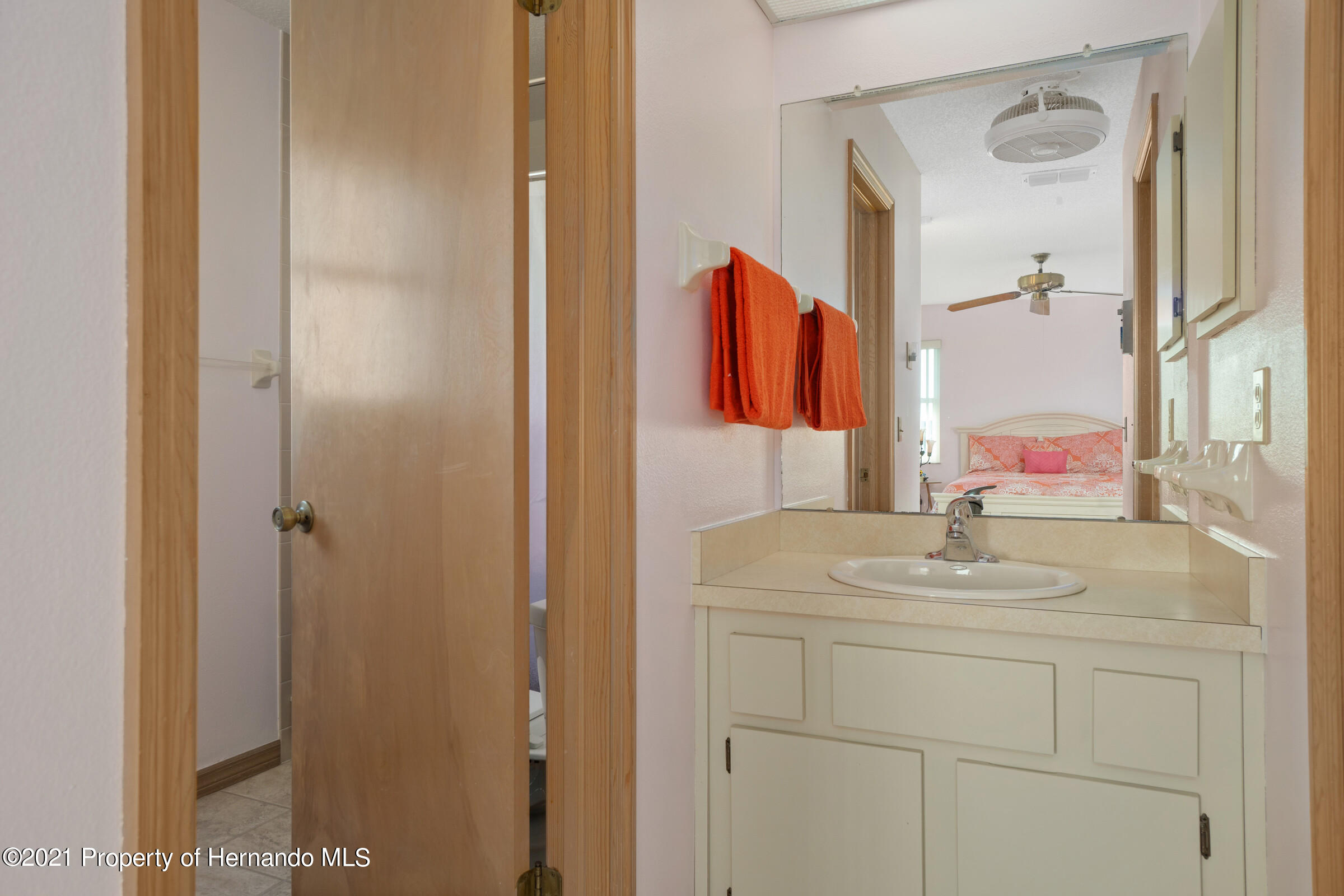 Listing photo id 23 for 3335 Bluefish Drive