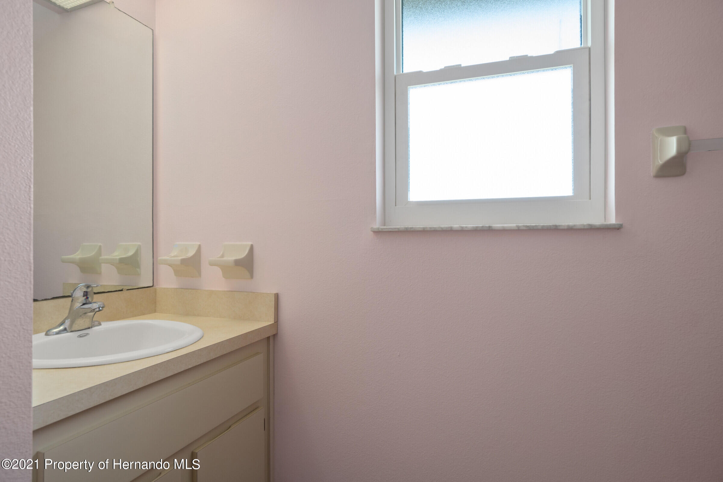 Listing photo id 24 for 3335 Bluefish Drive