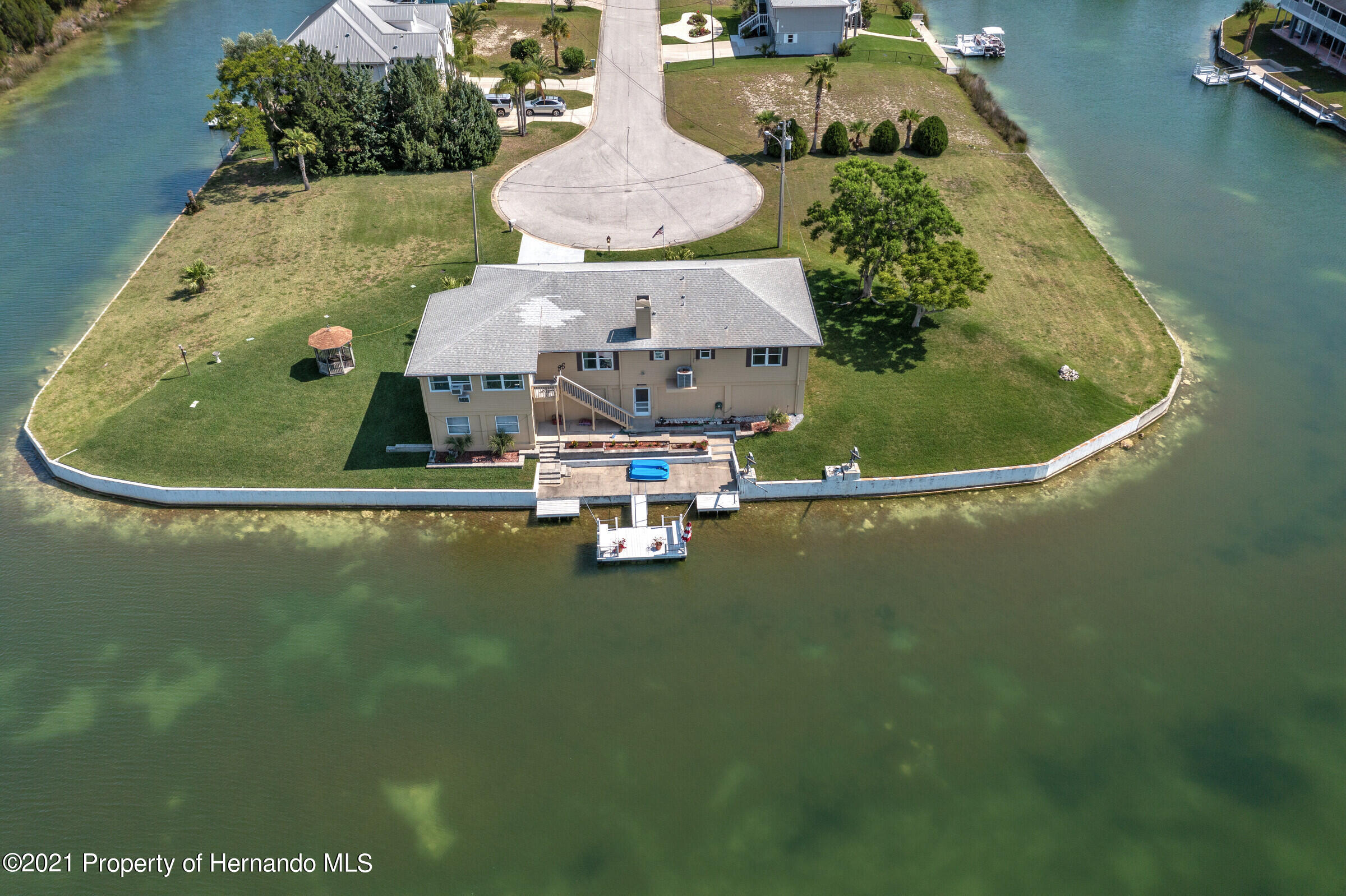 Listing photo id 5 for 3335 Bluefish Drive