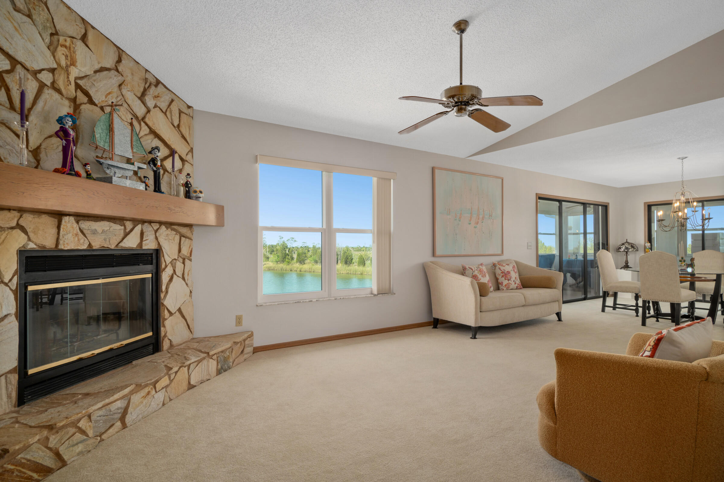 Listing photo id 6 for 3335 Bluefish Drive