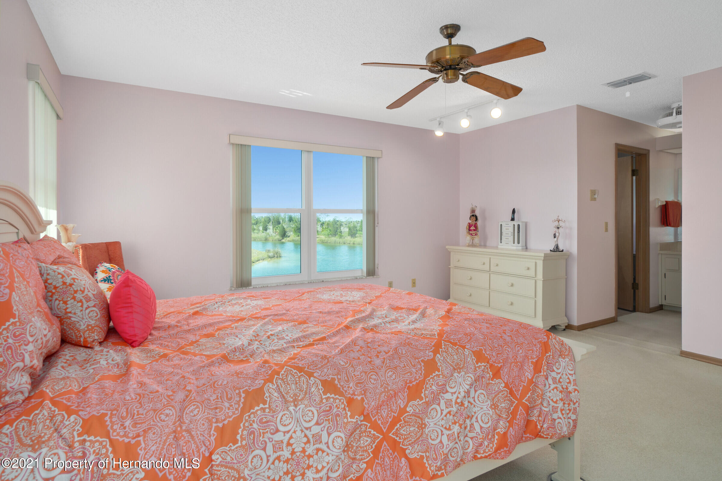 Listing photo id 22 for 3335 Bluefish Drive