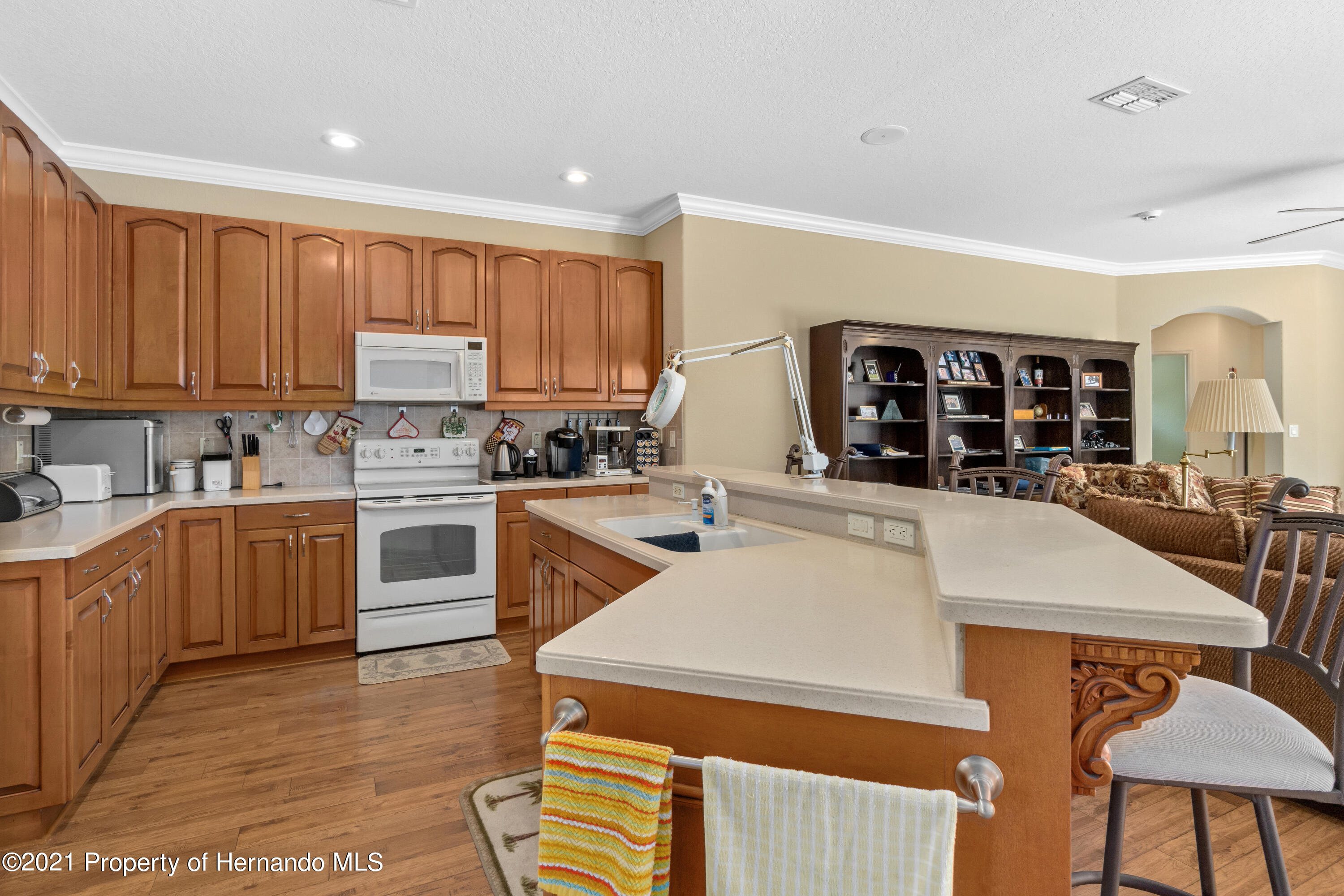 Listing photo id 14 for 10382 Spalding Street