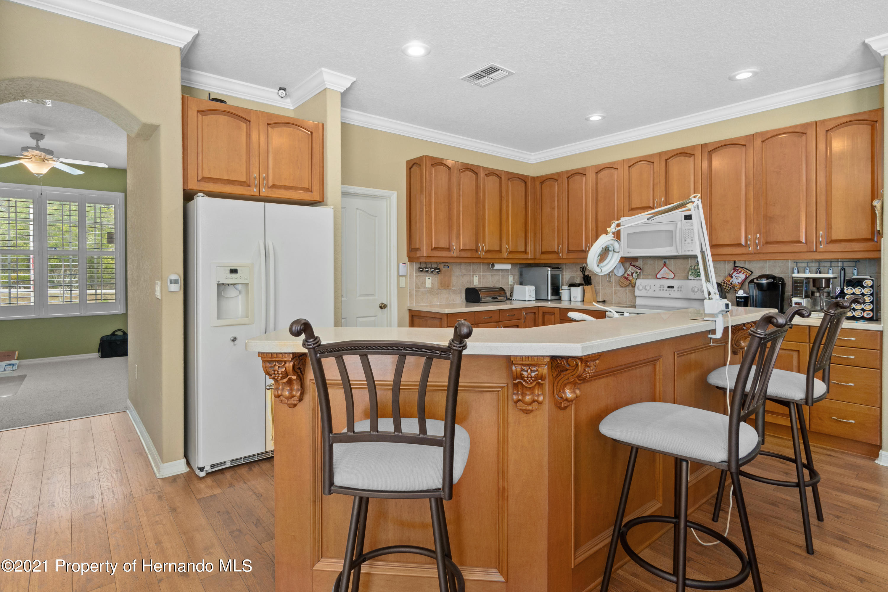 Listing photo id 19 for 10382 Spalding Street