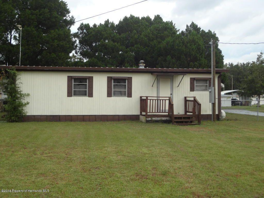 Listing photo id 3 for 15392 Sinclair Road