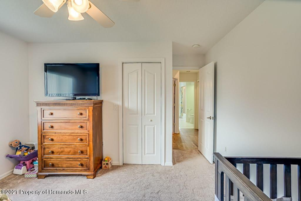 Listing photo id 30 for 4108 St Ives Boulevard