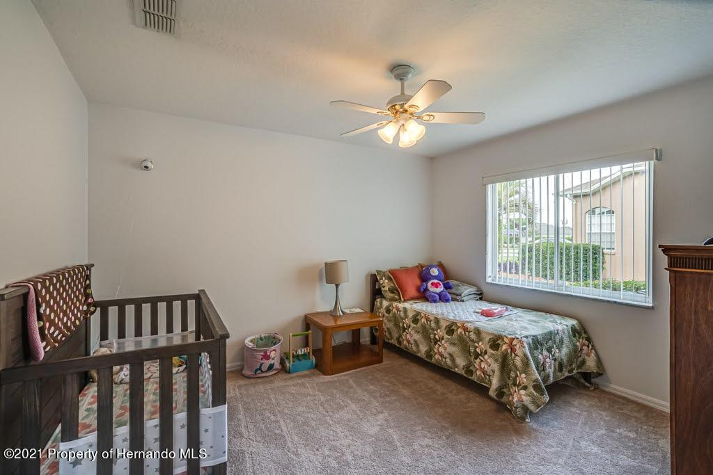 Listing photo id 29 for 4108 St Ives Boulevard