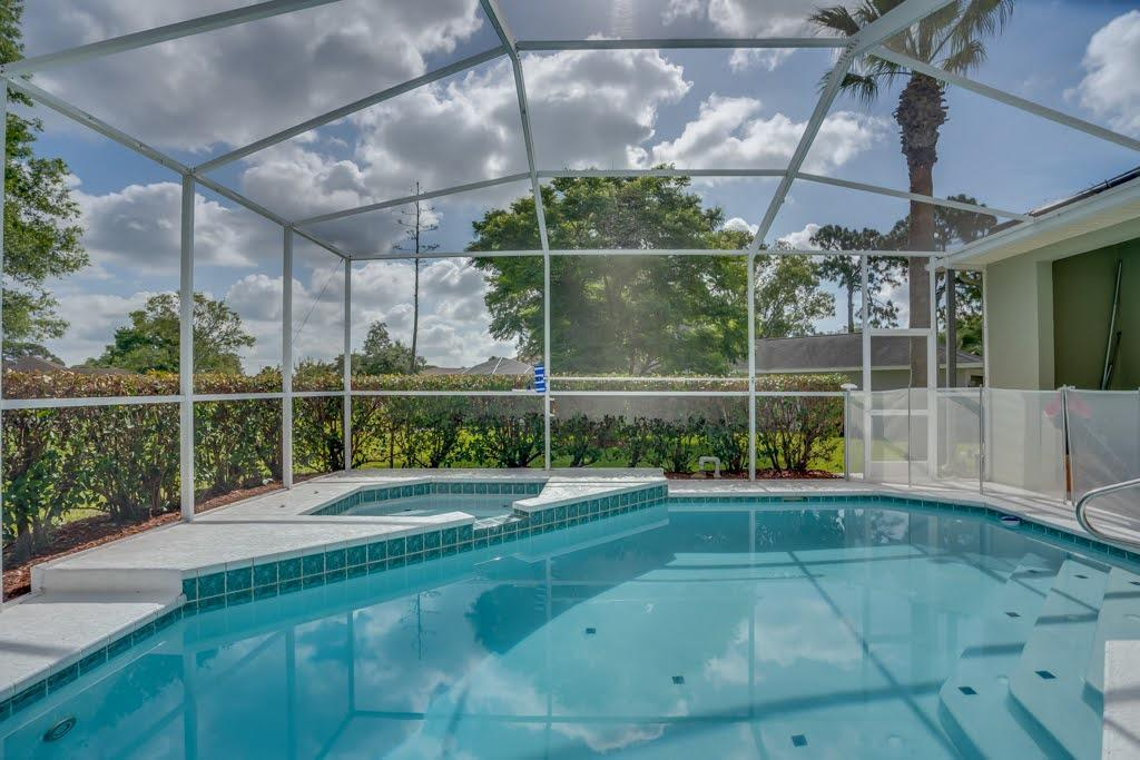 Listing photo id 39 for 4108 St Ives Boulevard