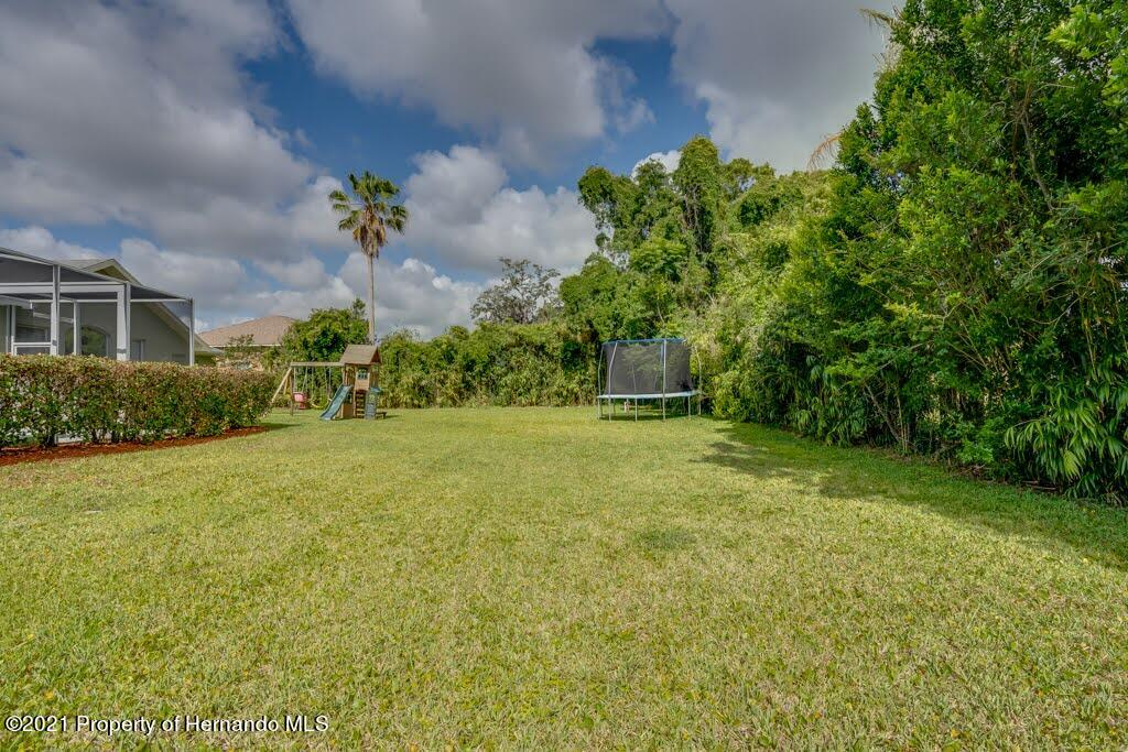 Listing photo id 43 for 4108 St Ives Boulevard