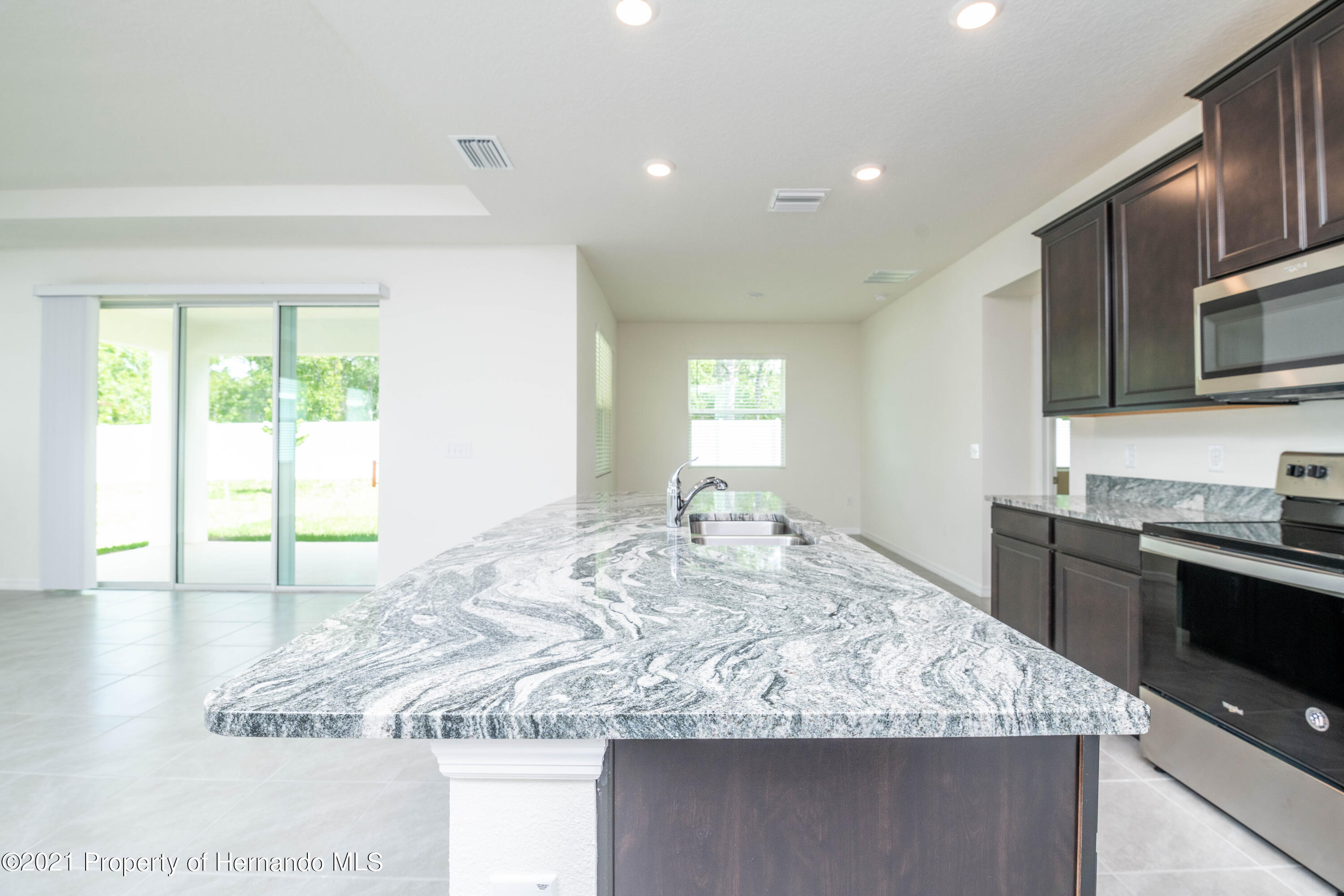 Listing photo id 12 for 3457 Autumn Amber Drive