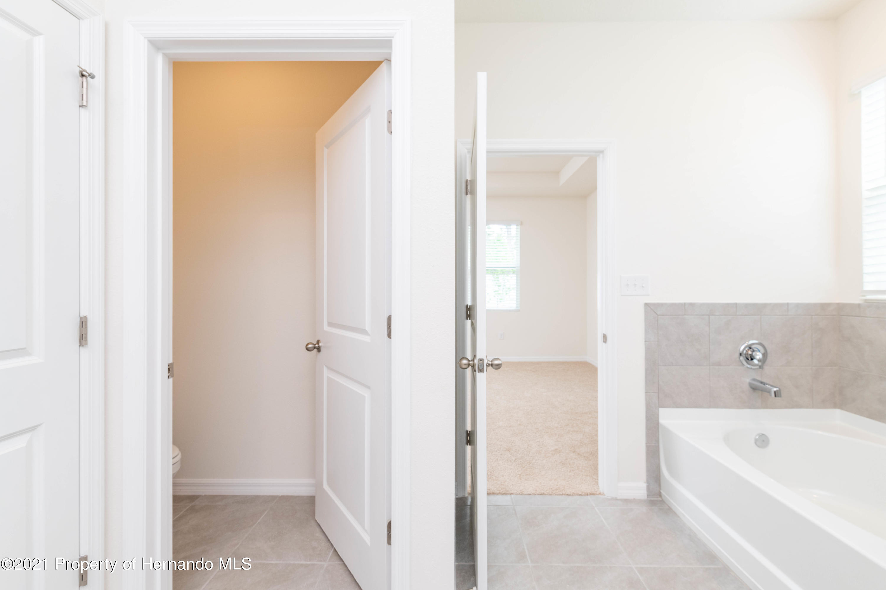 Listing photo id 26 for 3457 Autumn Amber Drive
