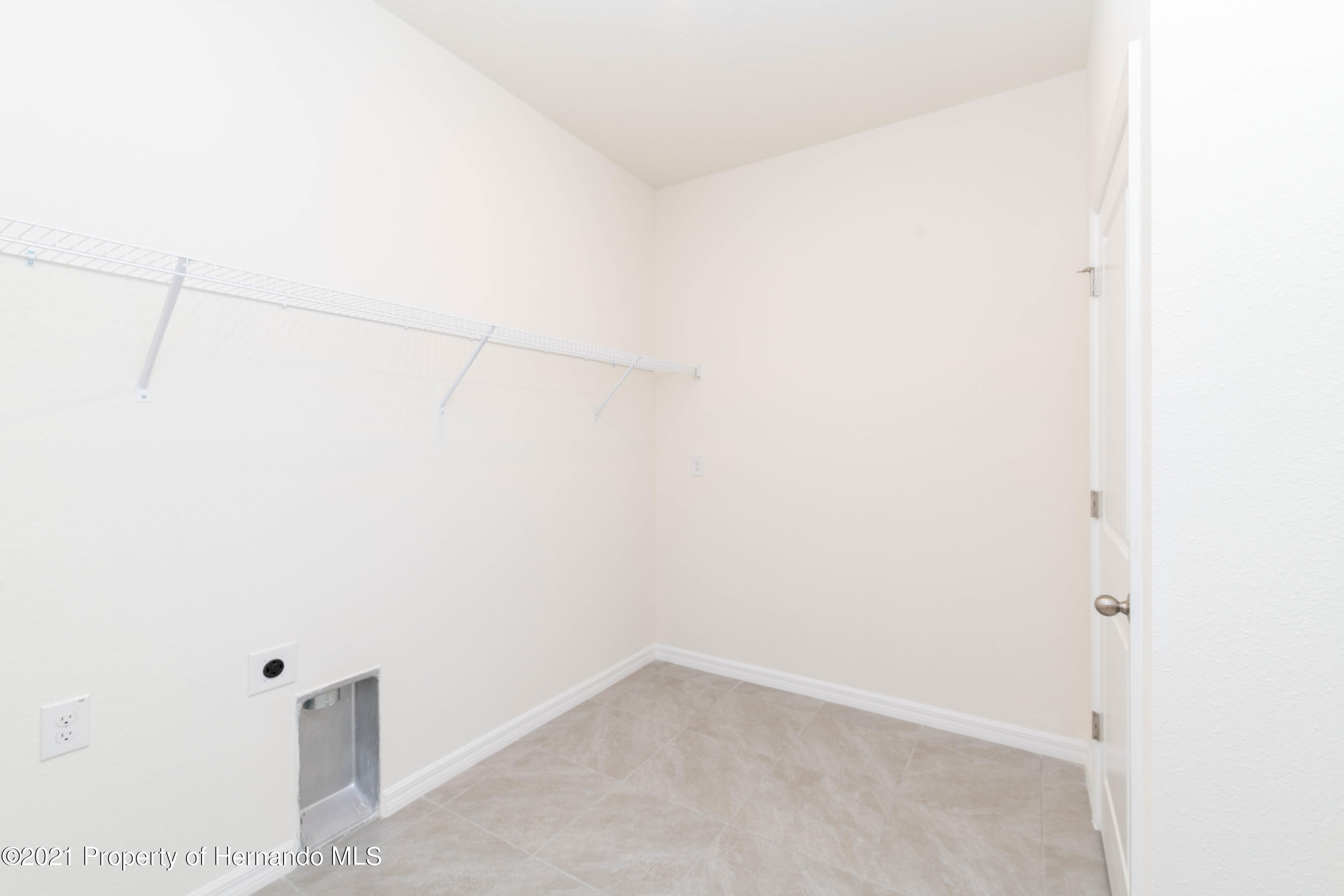 Listing photo id 35 for 3457 Autumn Amber Drive