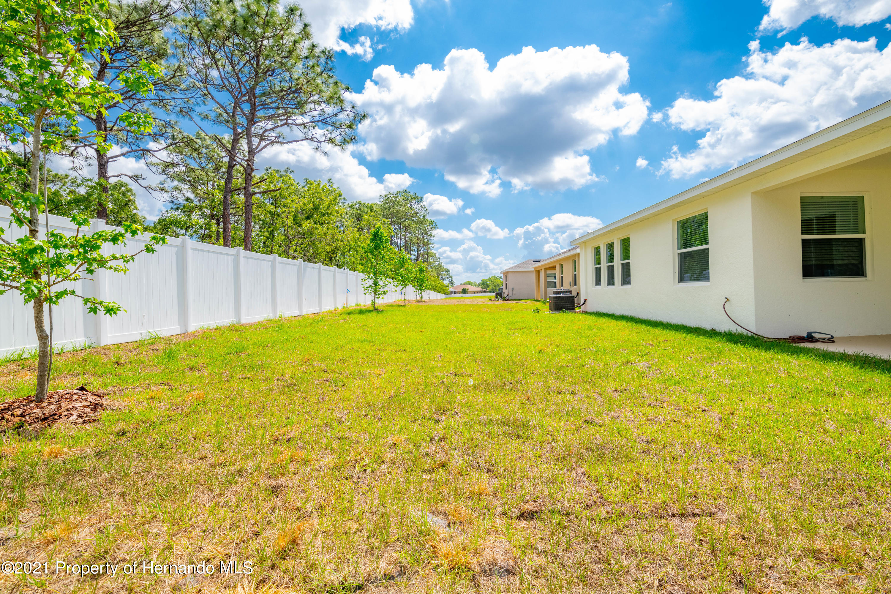 Listing photo id 40 for 3457 Autumn Amber Drive