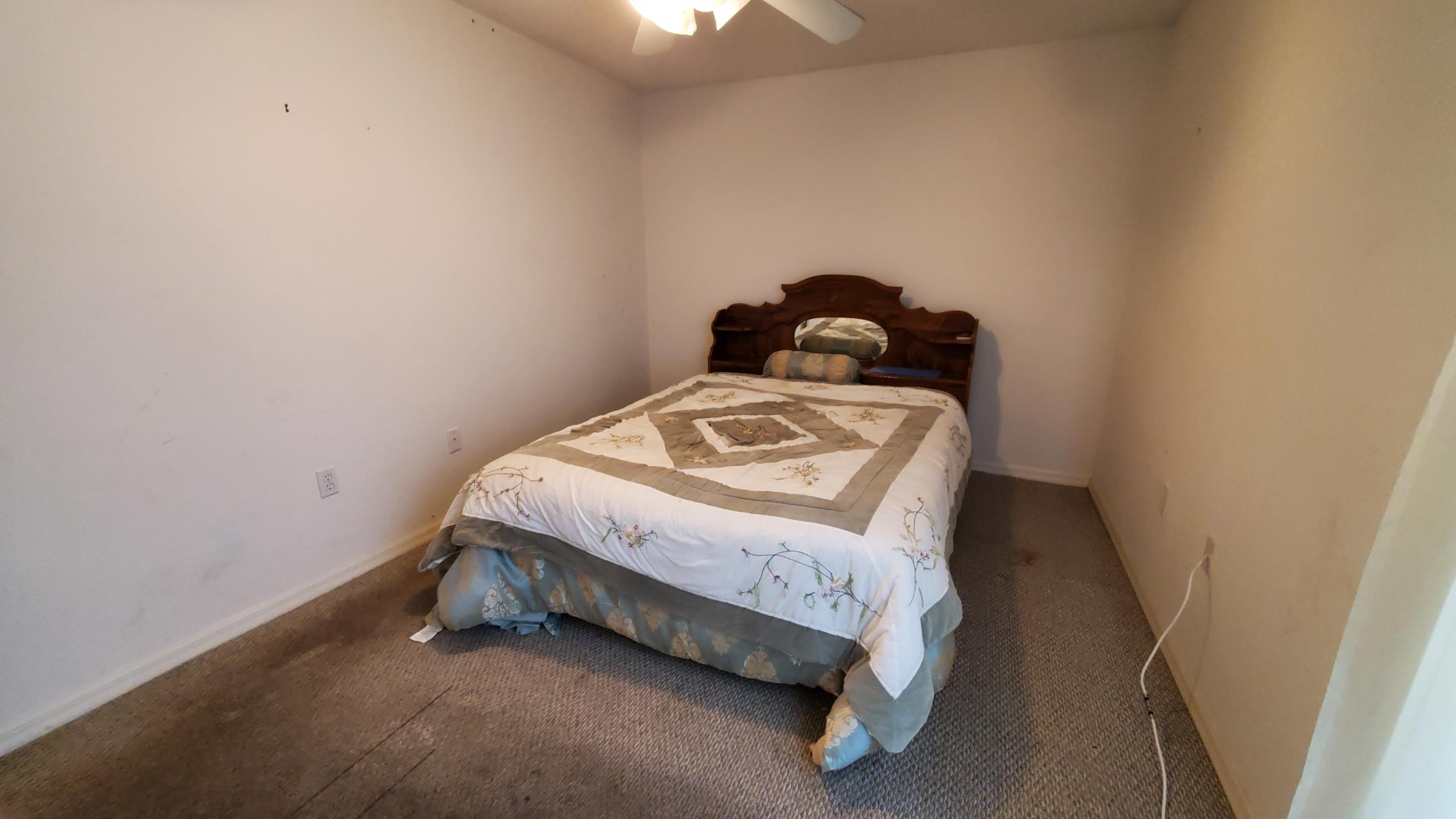Listing photo id 14 for 2344 Canfield Drive