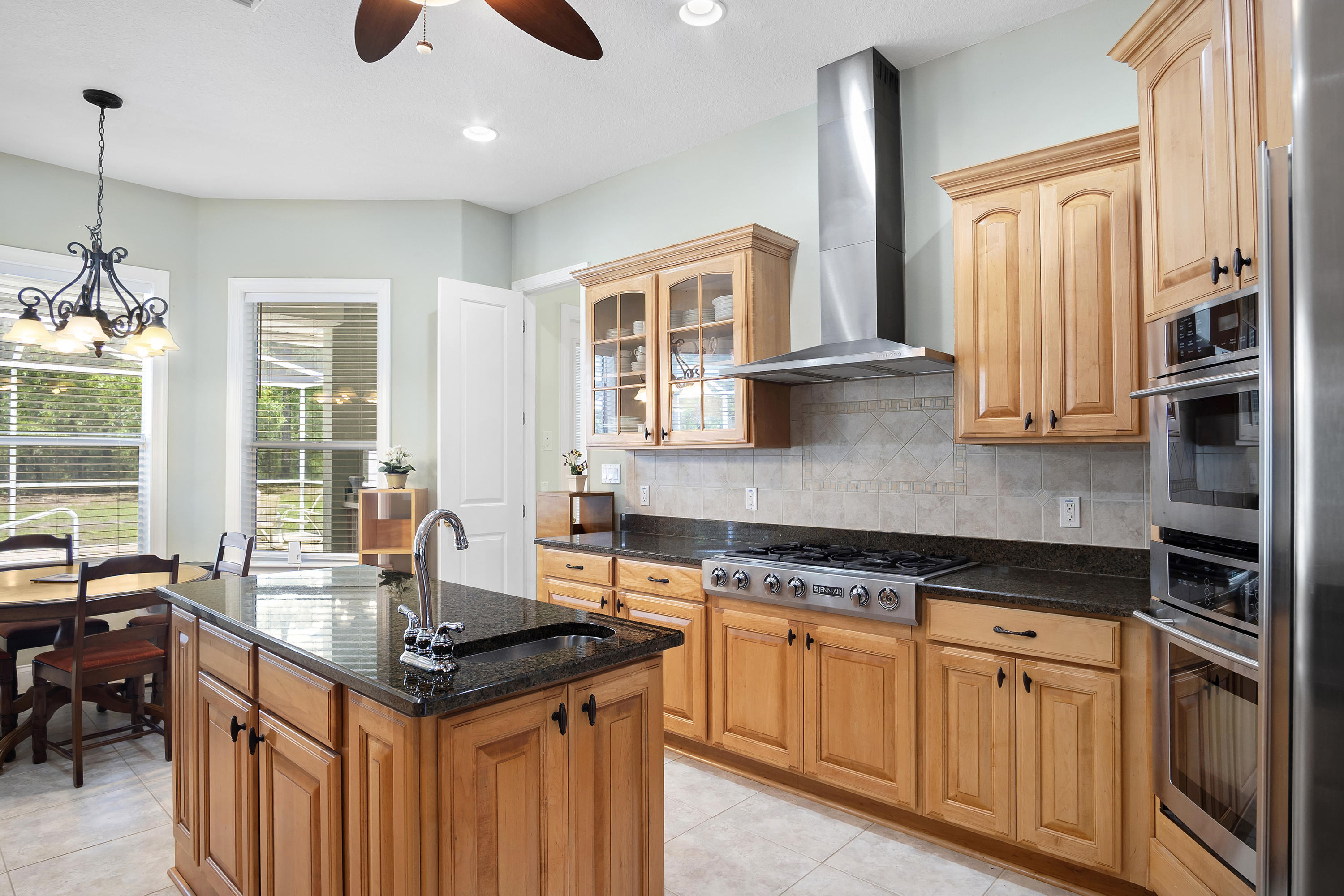 Listing photo id 10 for 16471 Hardeman Junction