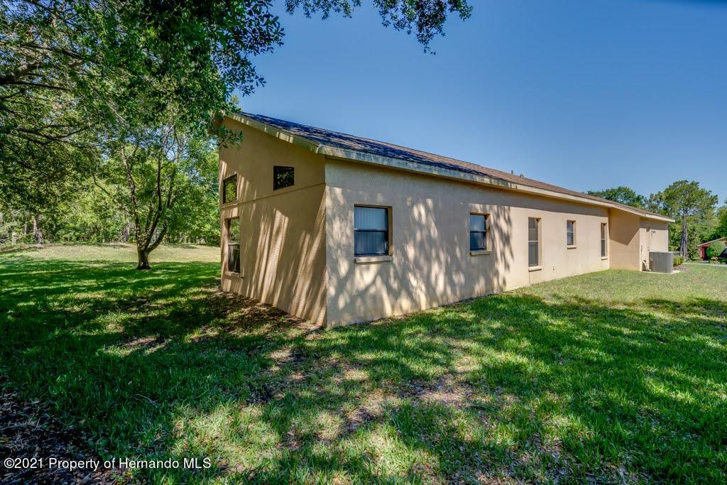 Listing photo id 47 for 11256 Copley Court