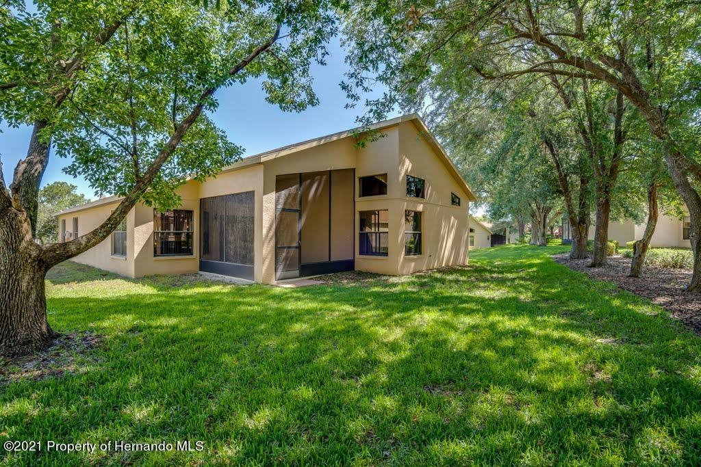 Listing photo id 49 for 11256 Copley Court