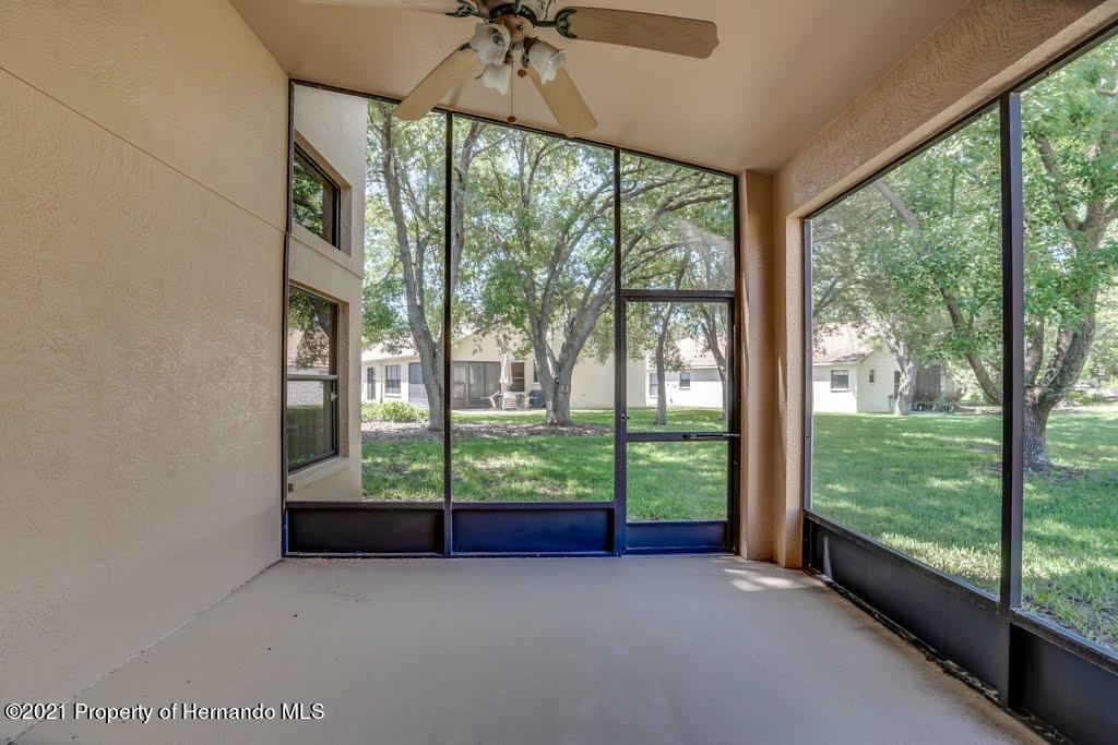 Listing photo id 44 for 11256 Copley Court