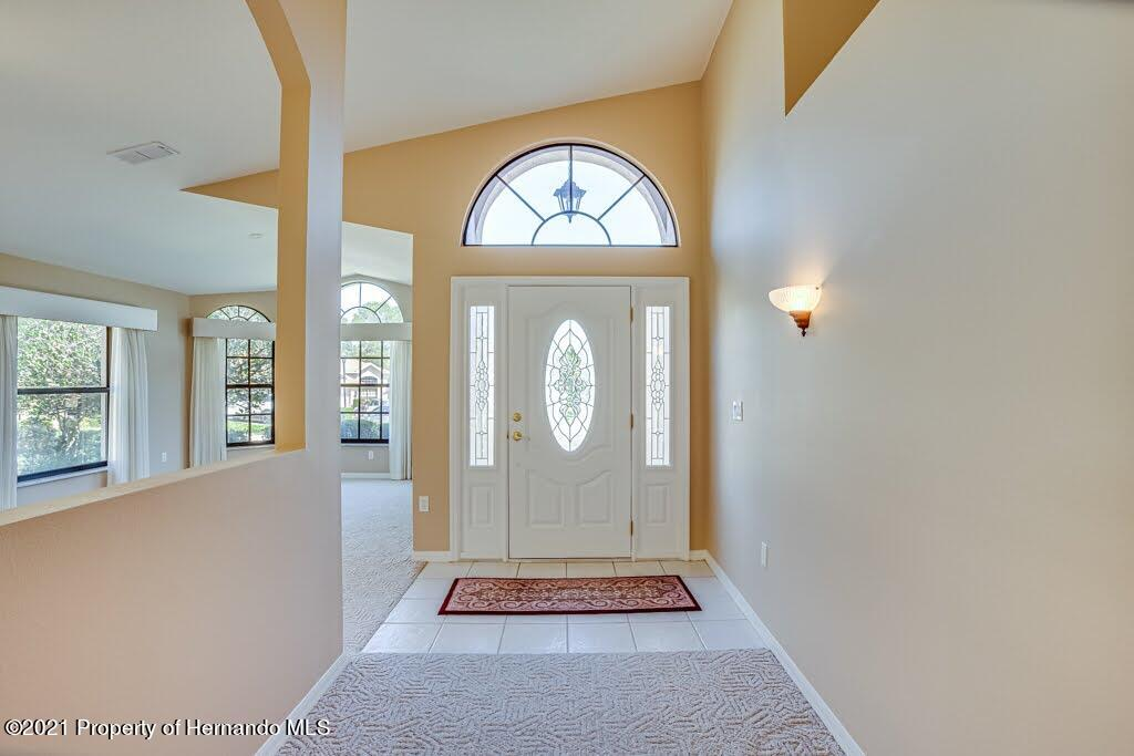 Listing photo id 6 for 11256 Copley Court