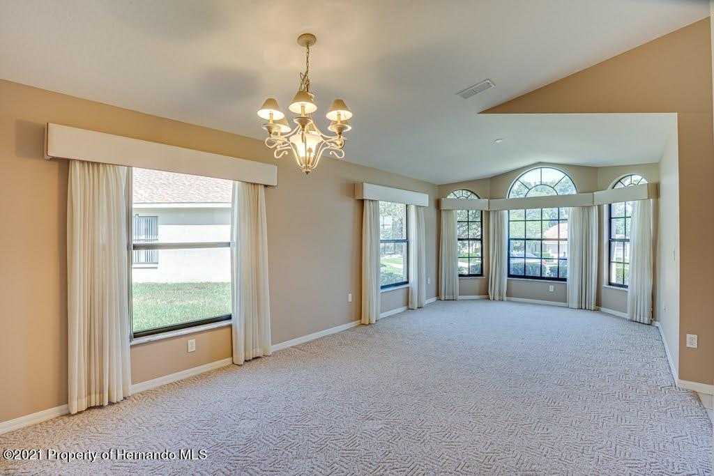 Listing photo id 7 for 11256 Copley Court