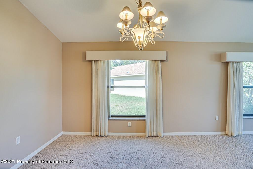 Listing photo id 8 for 11256 Copley Court
