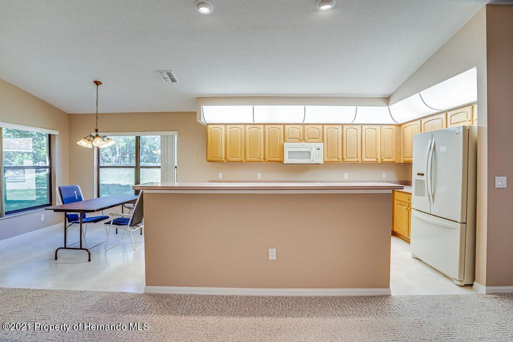 Listing photo id 13 for 11256 Copley Court