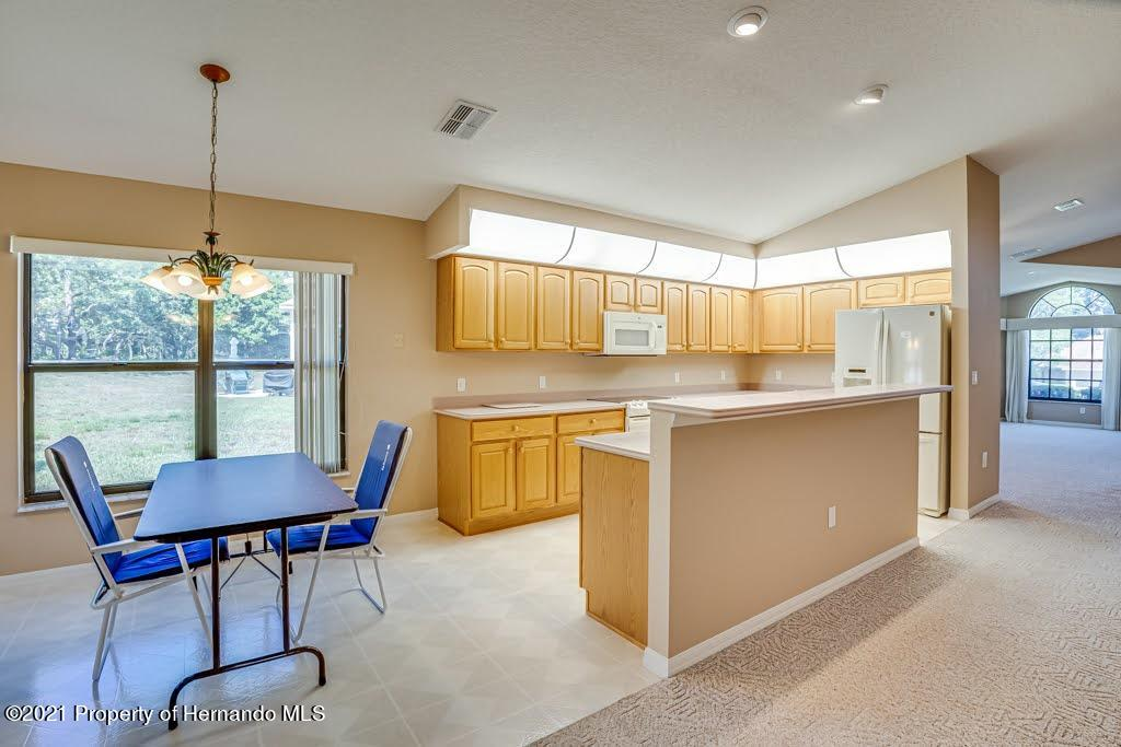 Listing photo id 14 for 11256 Copley Court