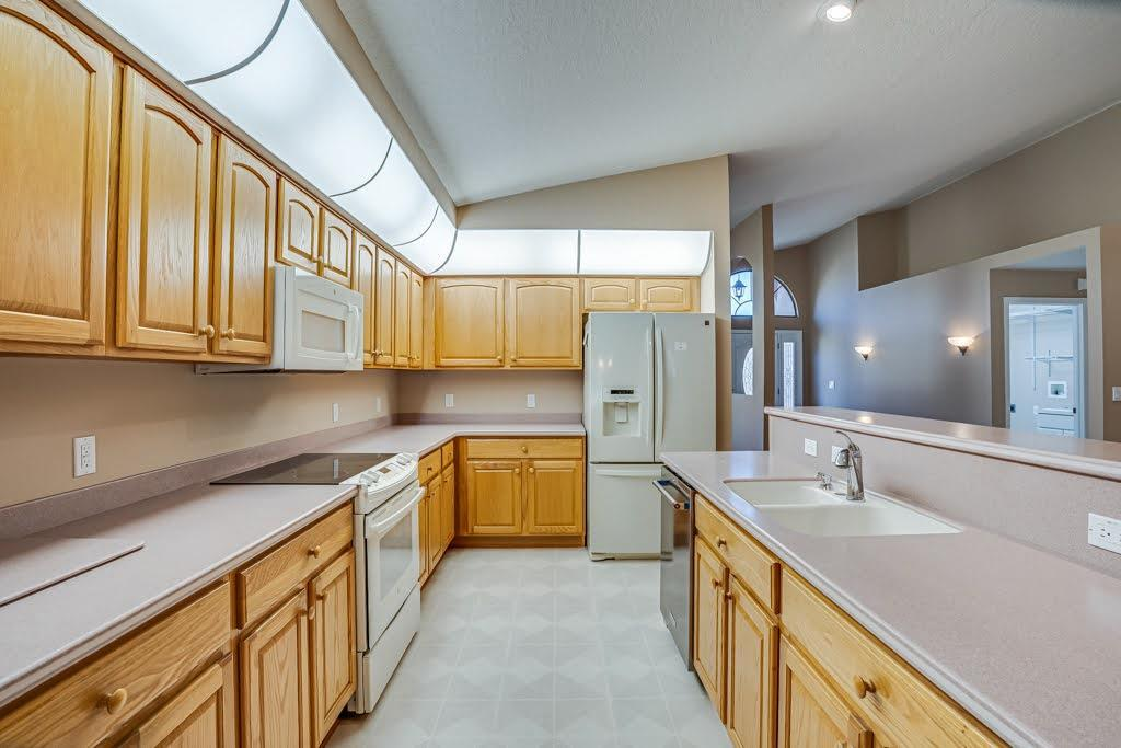 Listing photo id 17 for 11256 Copley Court