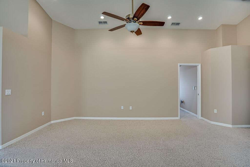 Listing photo id 20 for 11256 Copley Court