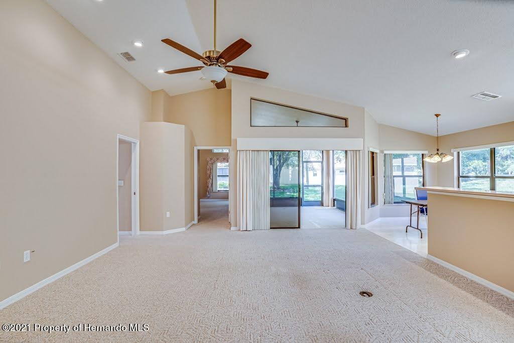 Listing photo id 22 for 11256 Copley Court