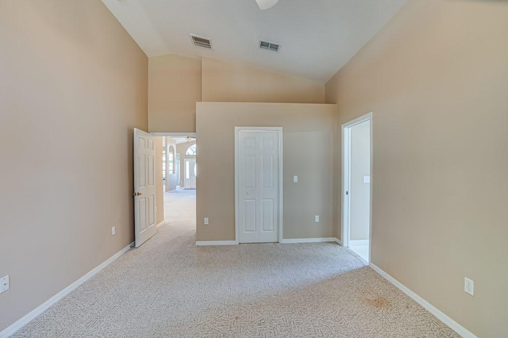 Listing photo id 25 for 11256 Copley Court