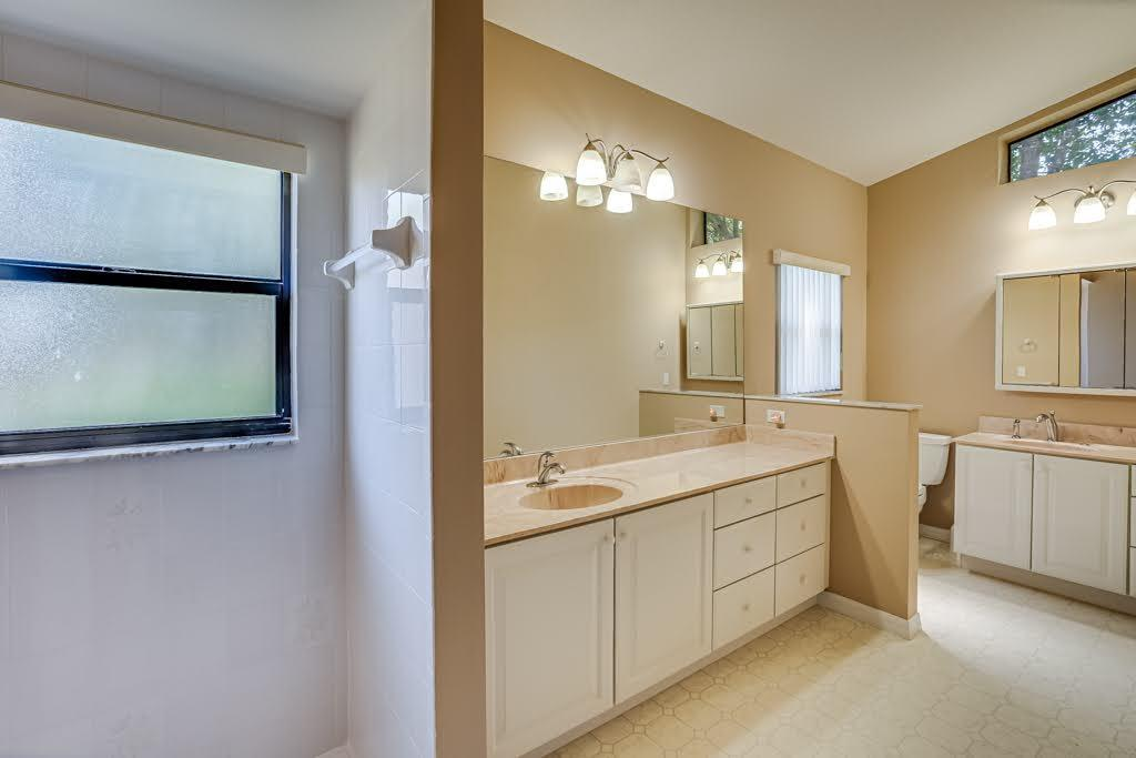Listing photo id 28 for 11256 Copley Court