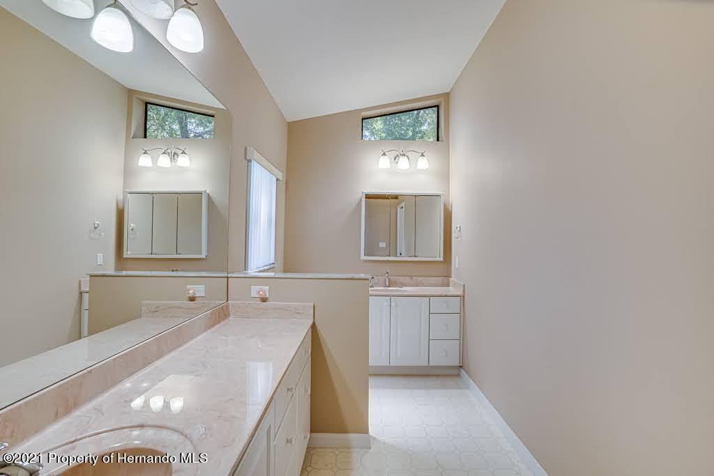 Listing photo id 29 for 11256 Copley Court