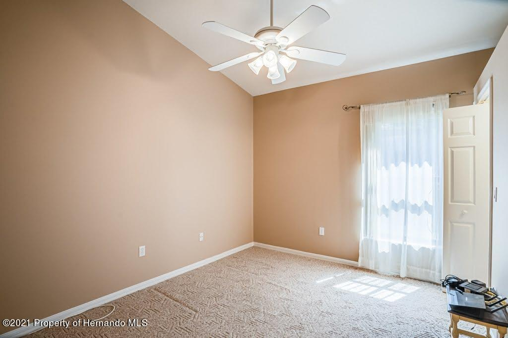 Listing photo id 32 for 11256 Copley Court