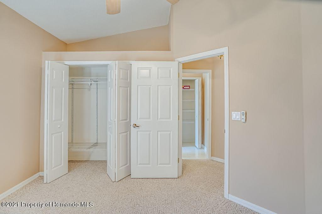 Listing photo id 36 for 11256 Copley Court