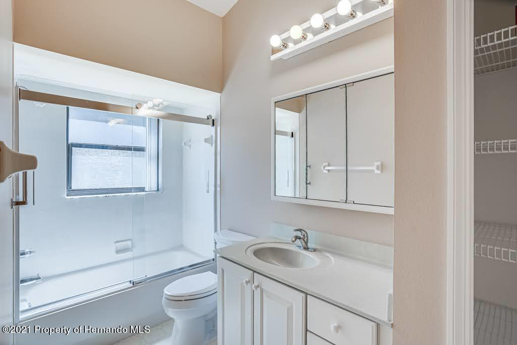Listing photo id 35 for 11256 Copley Court