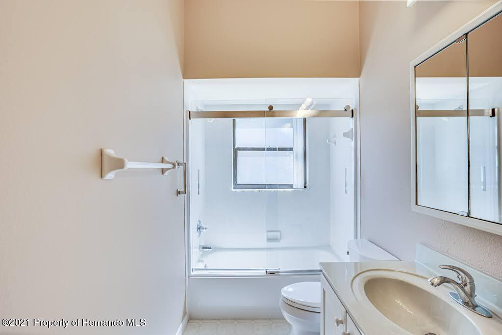 Listing photo id 37 for 11256 Copley Court