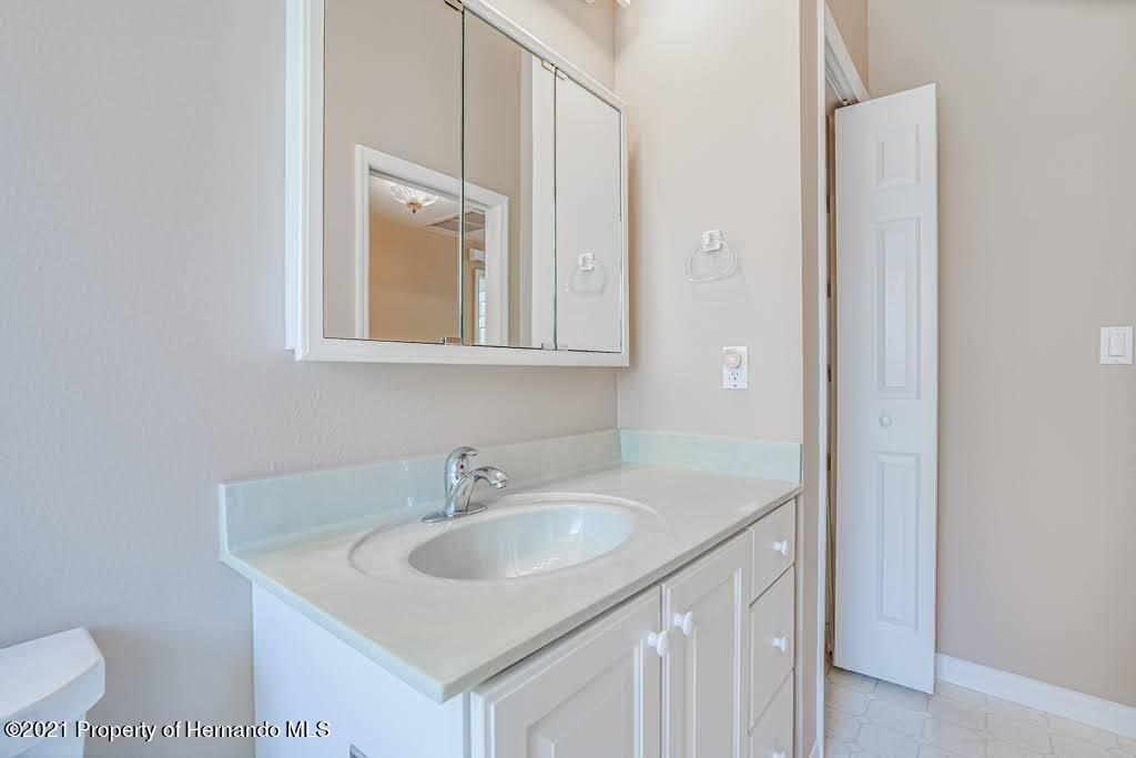 Listing photo id 38 for 11256 Copley Court