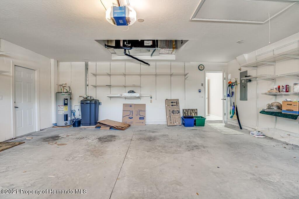 Listing photo id 43 for 11256 Copley Court