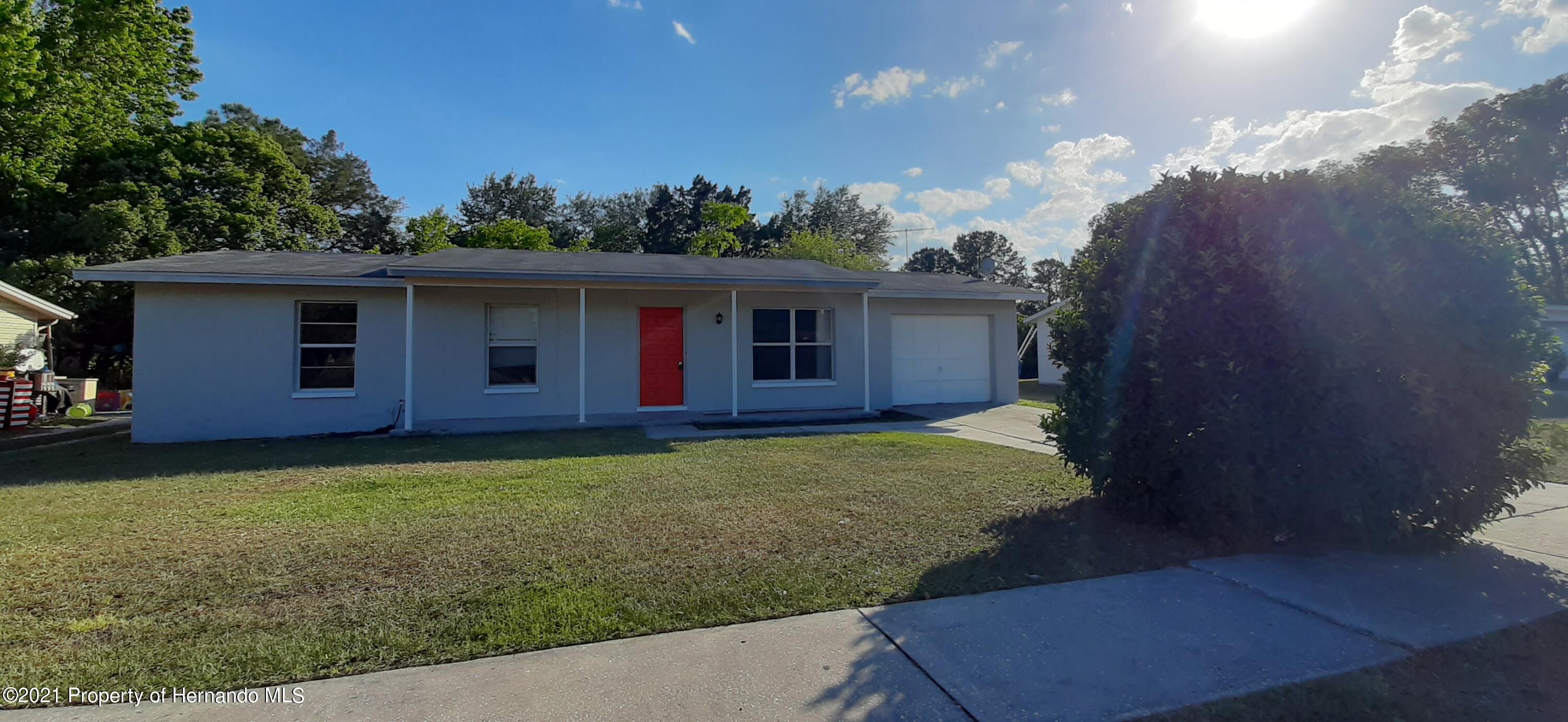 Listing photo id 17 for 9276 Carthage Road