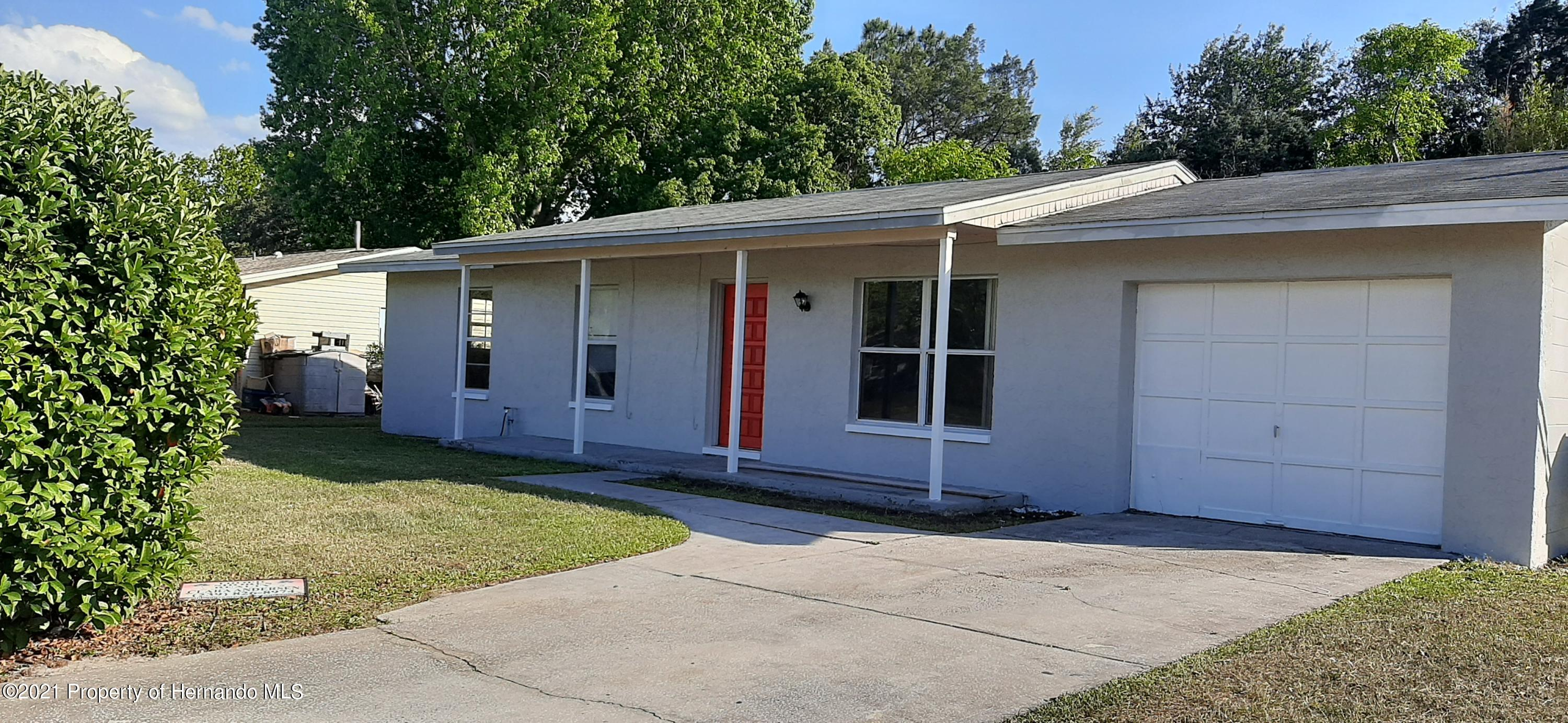 Listing photo id 4 for 9276 Carthage Road