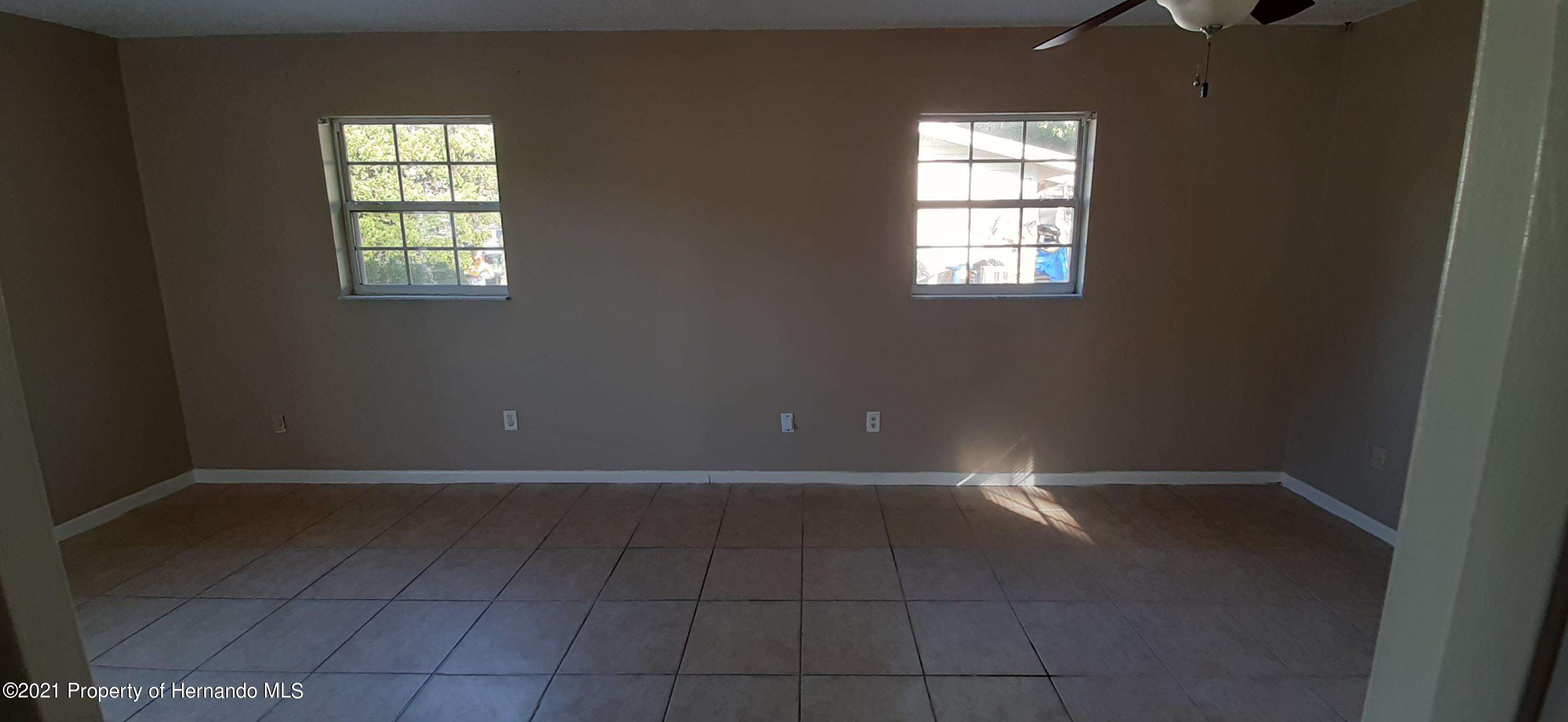Listing photo id 8 for 9276 Carthage Road
