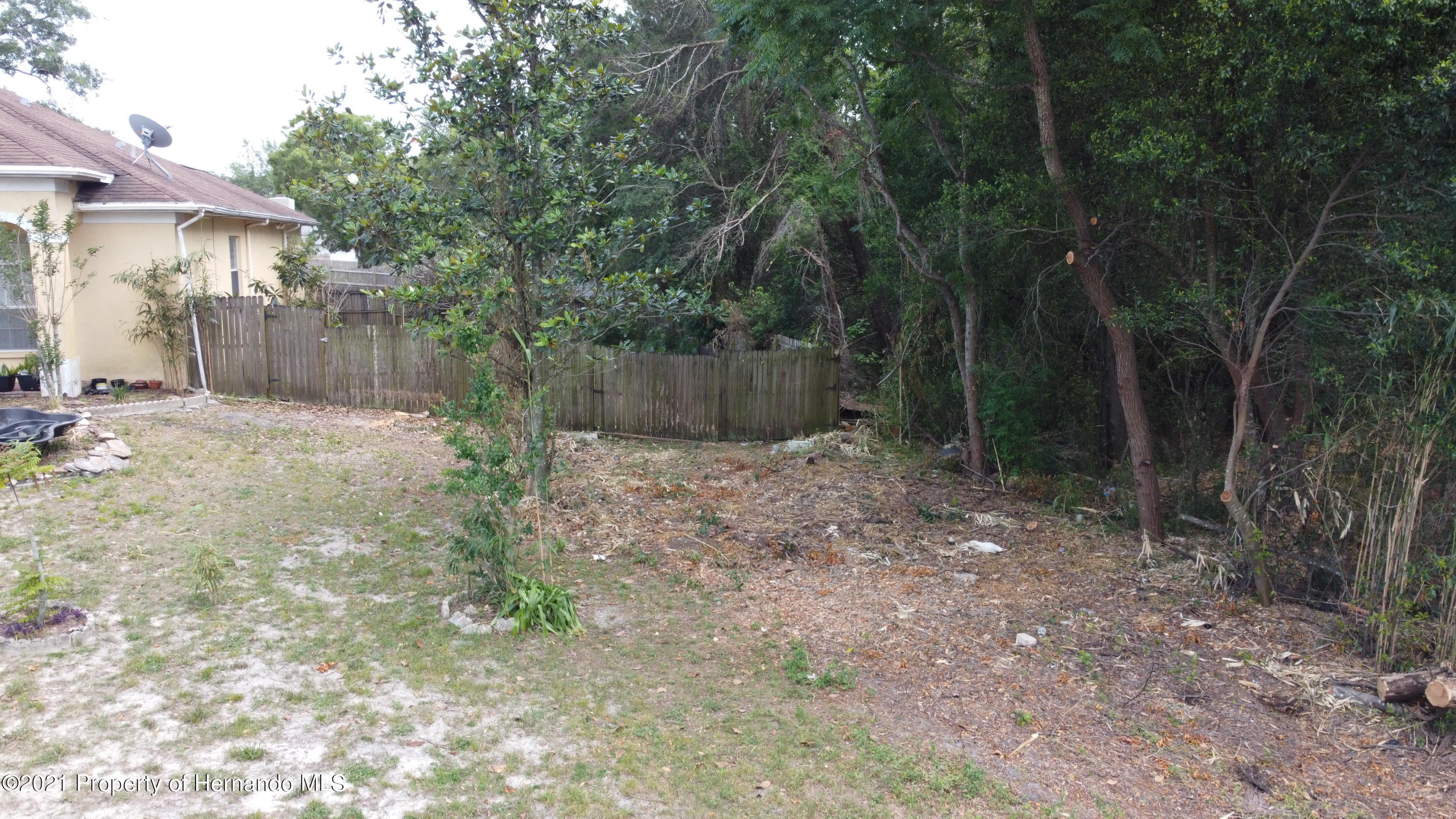 Listing photo id 5 for 3114 Keeport Drive