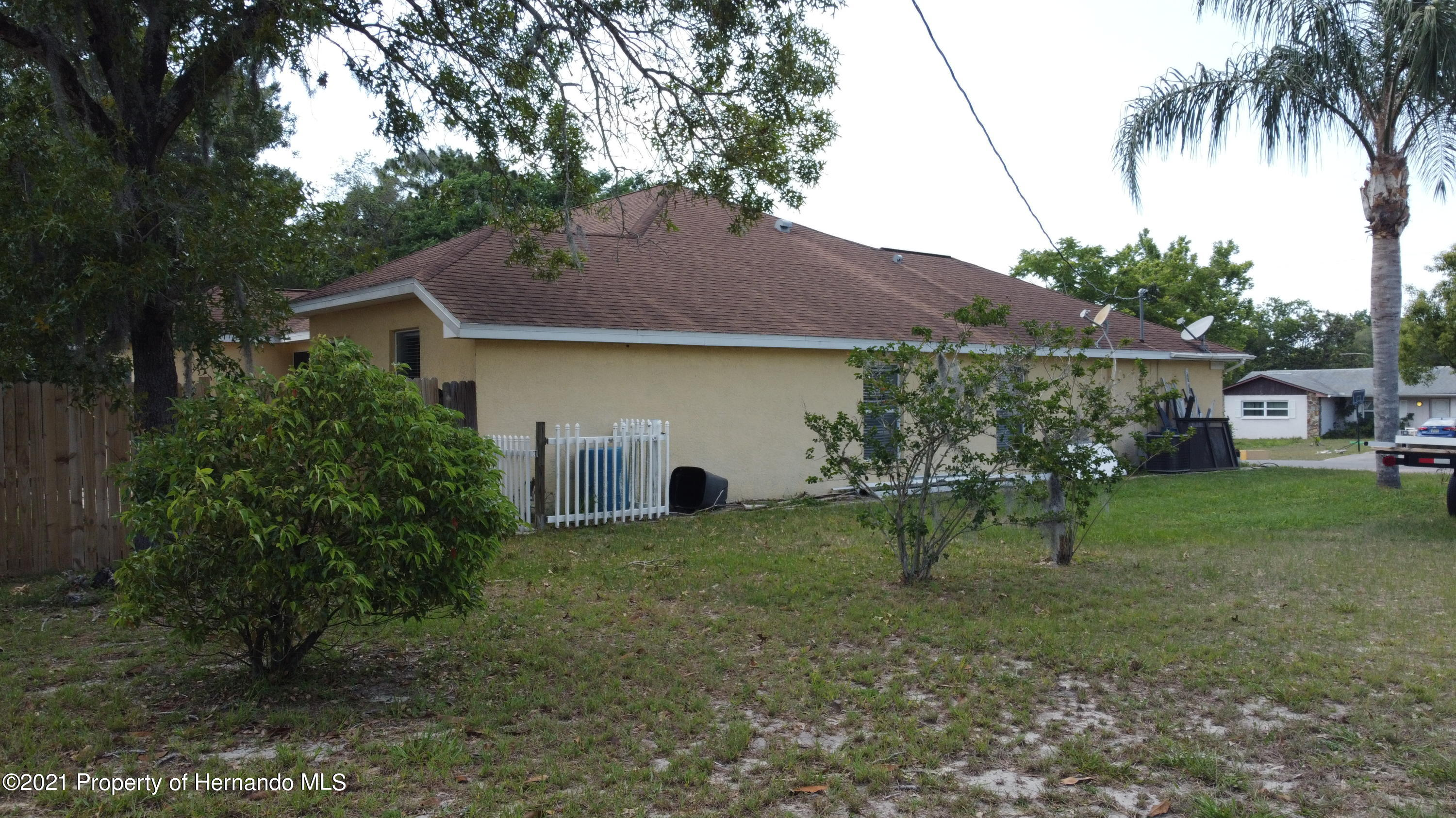 Listing photo id 11 for 3114 Keeport Drive