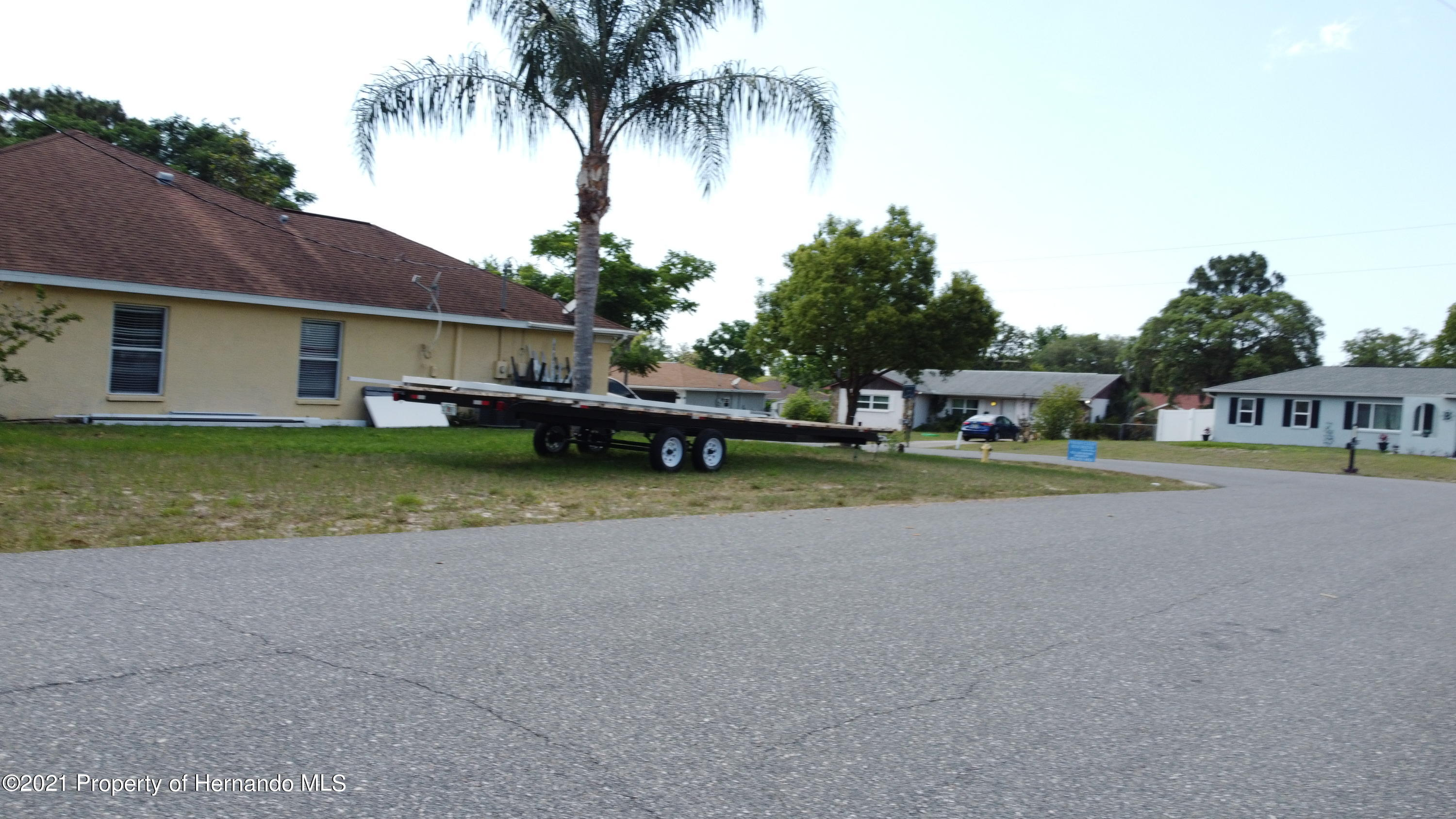 Listing photo id 13 for 3114 Keeport Drive