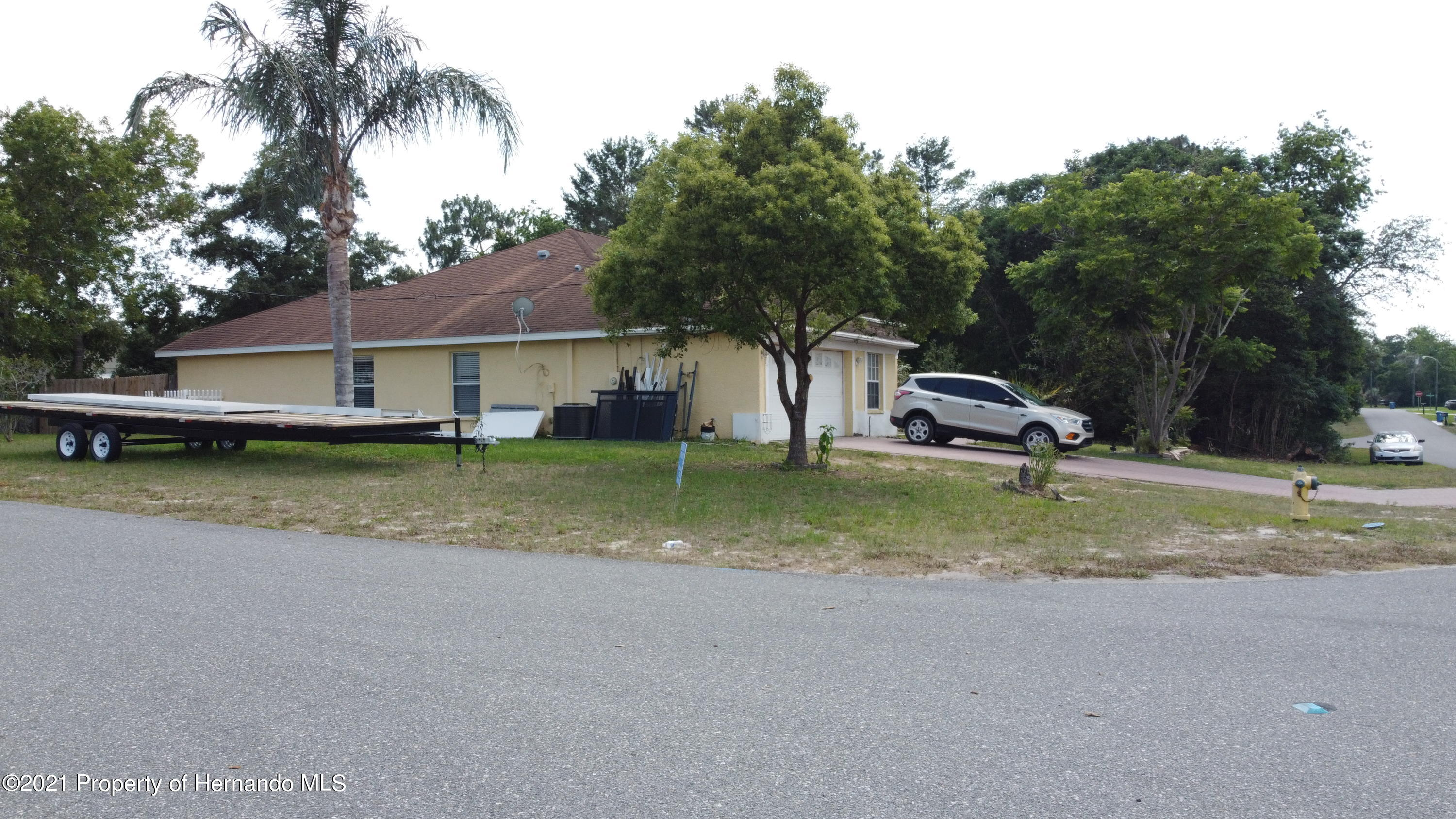 Listing photo id 14 for 3114 Keeport Drive
