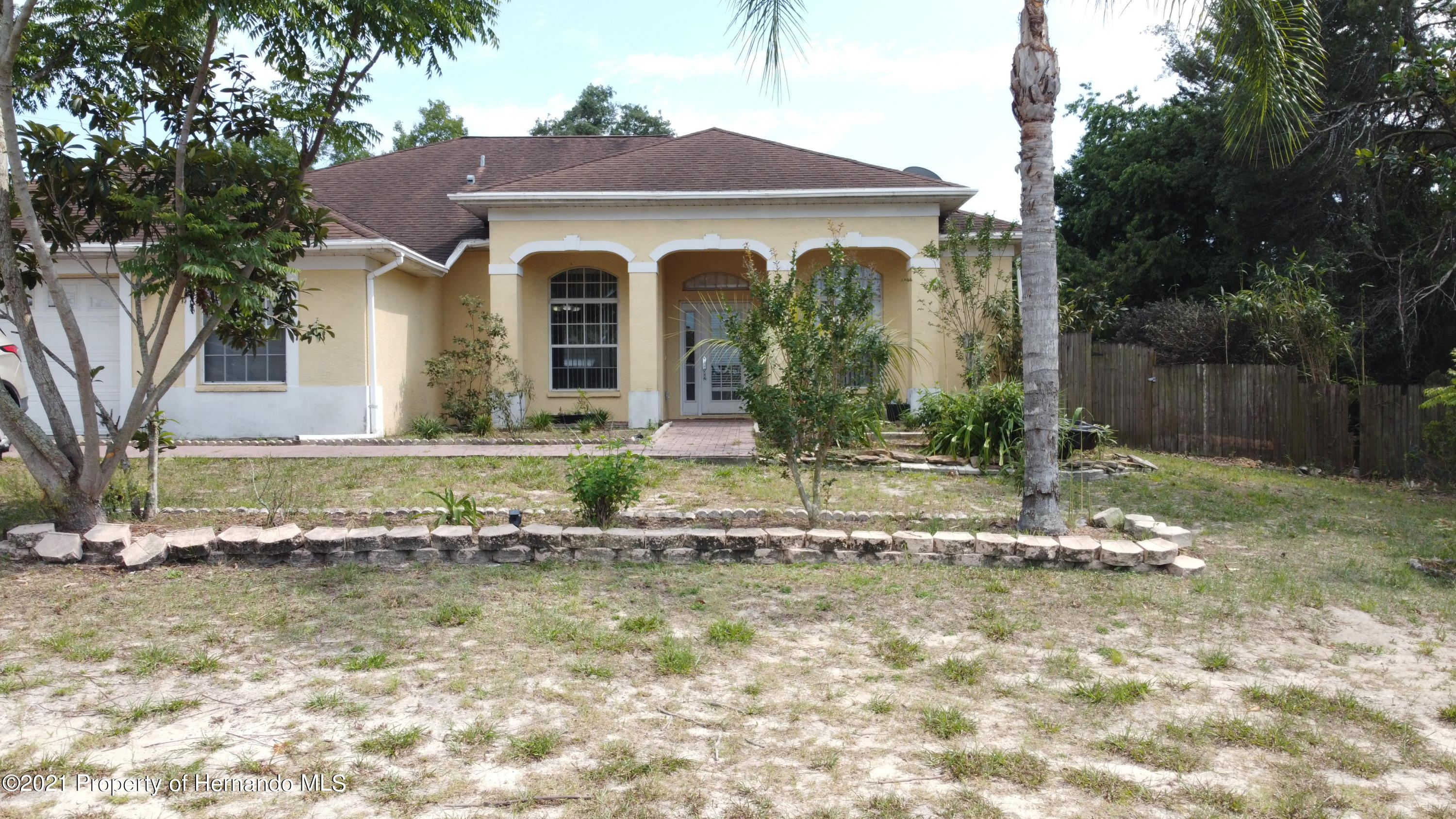 Listing photo id 16 for 3114 Keeport Drive