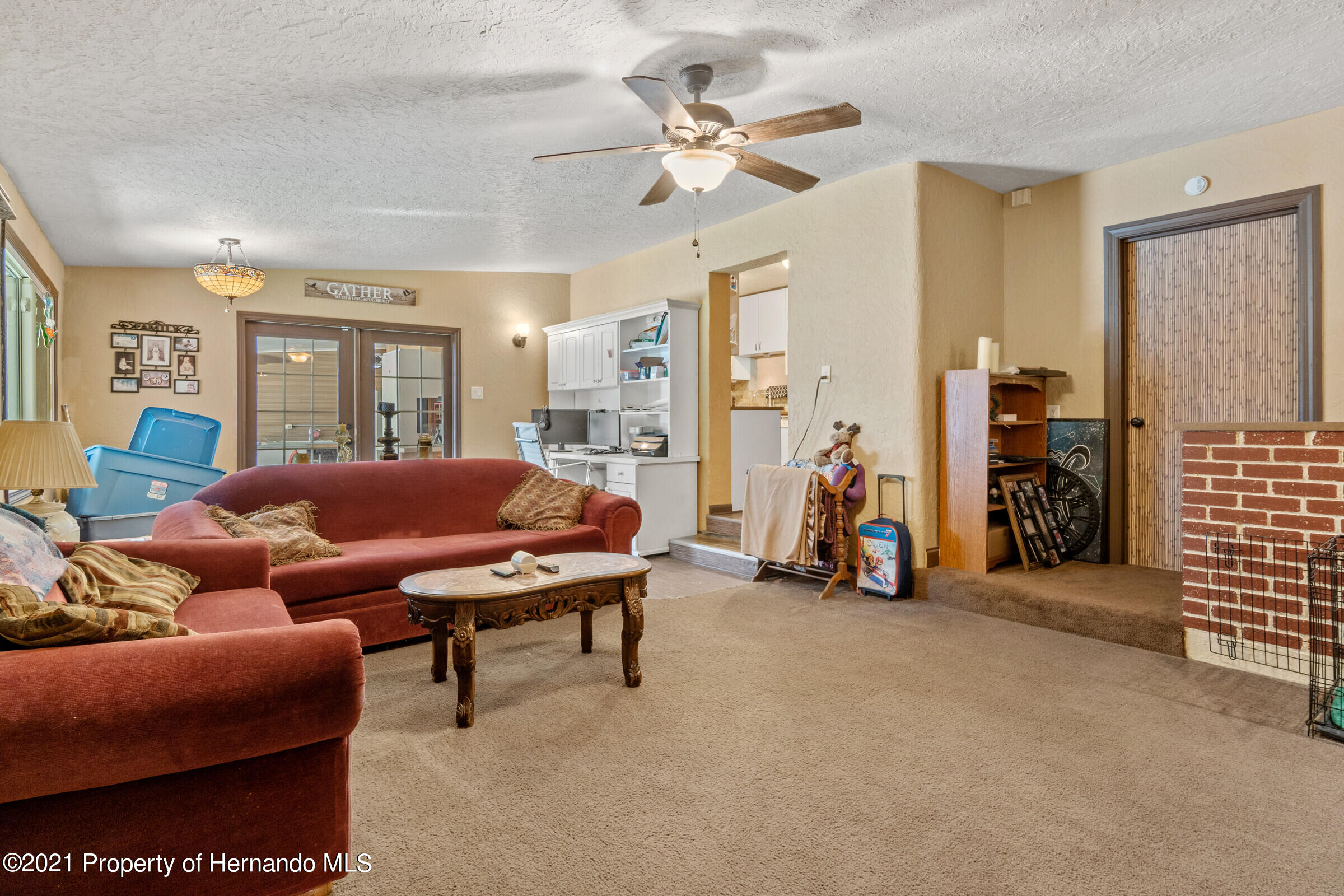 Image 18 For 902 Whiteway Drive