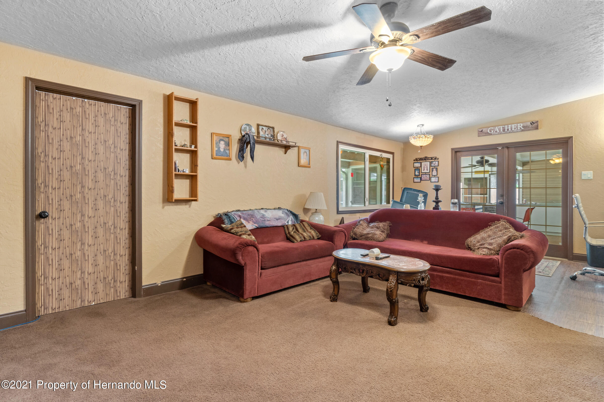 Image 19 For 902 Whiteway Drive